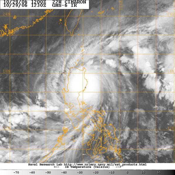 Typhooncimaron2006